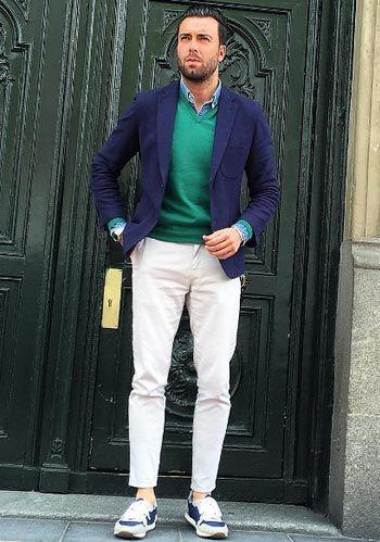 ネイビージャケット×白パンツの春コーディネート【60代男性】(メンズ)