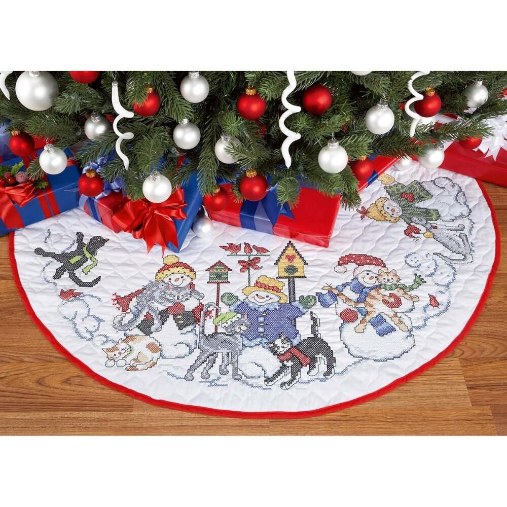 check out the coordinating lap quilt for a purr fect ensemble - Christmas Tree Decorating Ensemble Kits