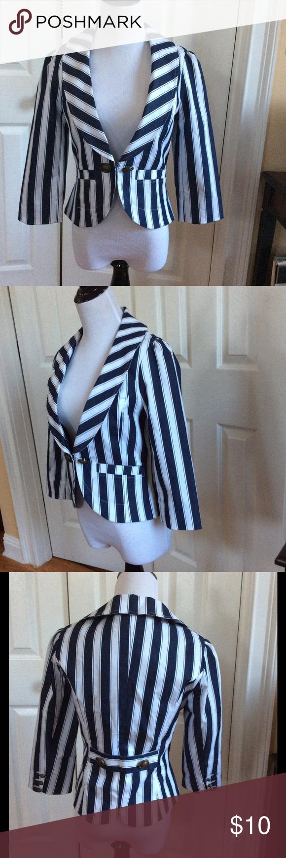 Striped Blazer Like new. Forever 21 Jackets & Coats Blazers