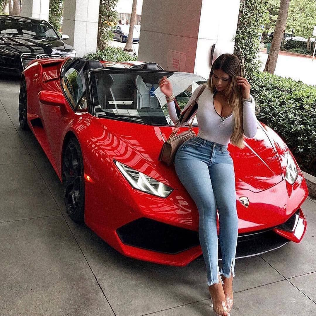 Pin By Liliana Brigette On Autos In 2020 Lamborghini Cars Best Lamborghini Lamborghini