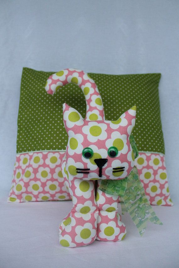 Set with Cat and pillowcase 40x40cm by wunderland2014 on Etsy, $45.00