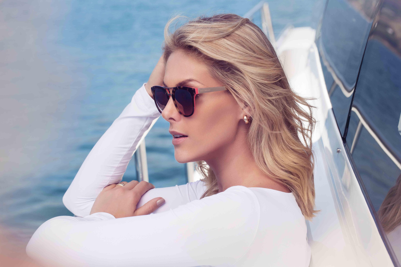 411651a36 Ana Hickmann posa para campanha da coleção Heaven de eyewear | Ana ...