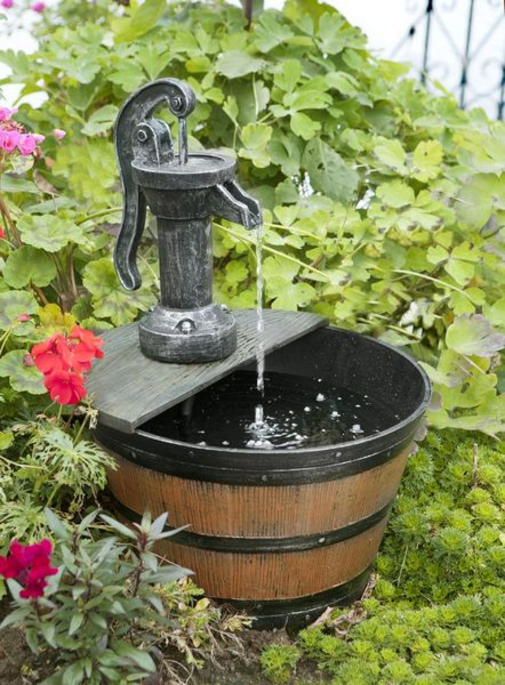 236a976c1423bb7f0f2454dfff6e7d59 - Cheap Solar Powered Water Features Gardens