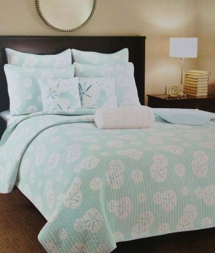 Sand Dollar Quilt Set ~ Coastal Bedding ~ Aqua ~ Turquoise ~ White ...