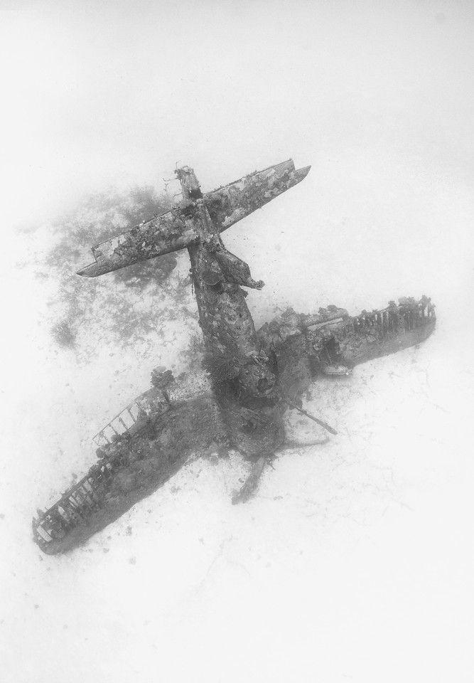 Подводное кладбище самолетов — IMG! Картинки из интернета им. М. Андрисена