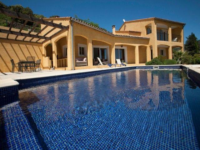 Votre villa avec piscine en Languedoc Moerland Locations