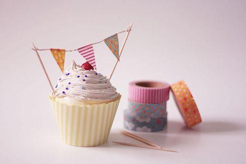 Washi Tape Cupcake Bunting via Fawn and Flora