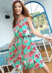 8d7f5cbed Um vestido fácil de fazer que pode ser feito com ou sem elástico na cintura.  Segue esquema de modelagem do 36 ao 56.