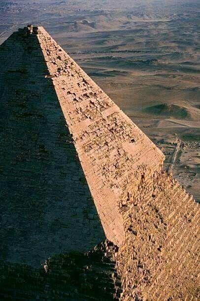 Pin De Klei Demiri Em Middle East Com Imagens Museu Egipcio