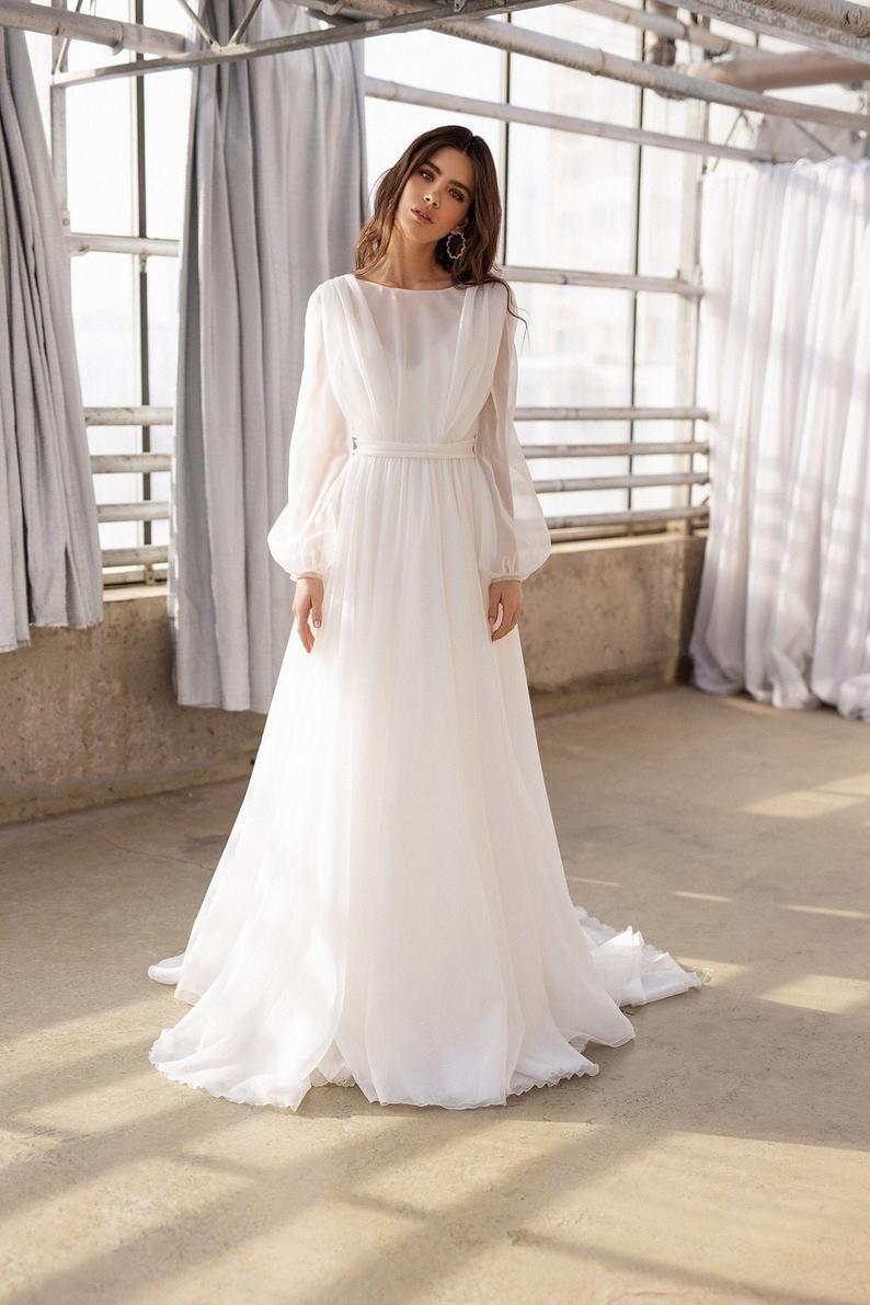 Boho Wedding Gown Long Sleeves Wedding Dress Organza Bridal Etsy Organza Bridal Wedding Dress Long Sleeve Wedding Dress Organza