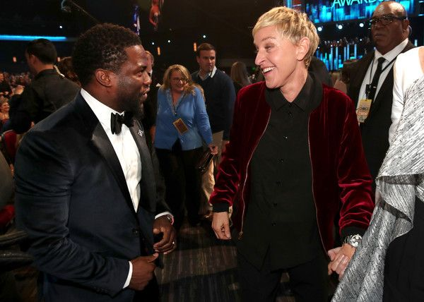 Kevin Hart Photos Photos - Actor Kevin Hart (L) and TV personality/actress Ellen DeGeneres attend the People's Choice Awards 2017 at Microsoft Theater on January 18, 2017 in Los Angeles, California. - People's Choice Awards 2017 - Show