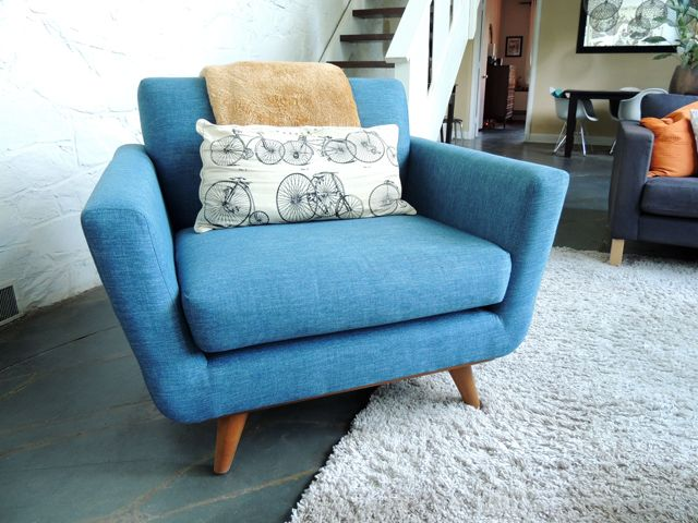 Exceptionnel Mid Century Modern Armchair In Teal   Thrive Furniture Nixon