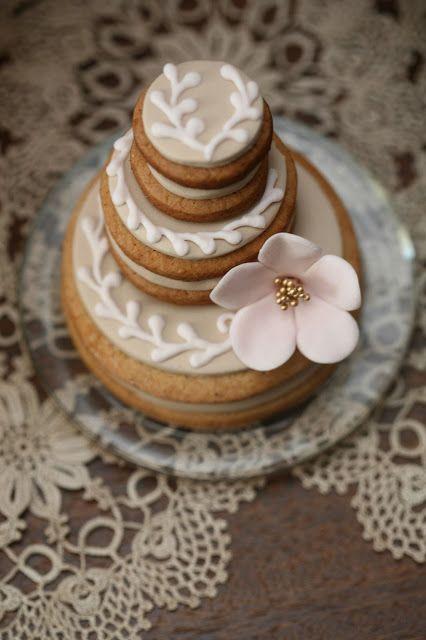Cupcake: Love is sweet!
