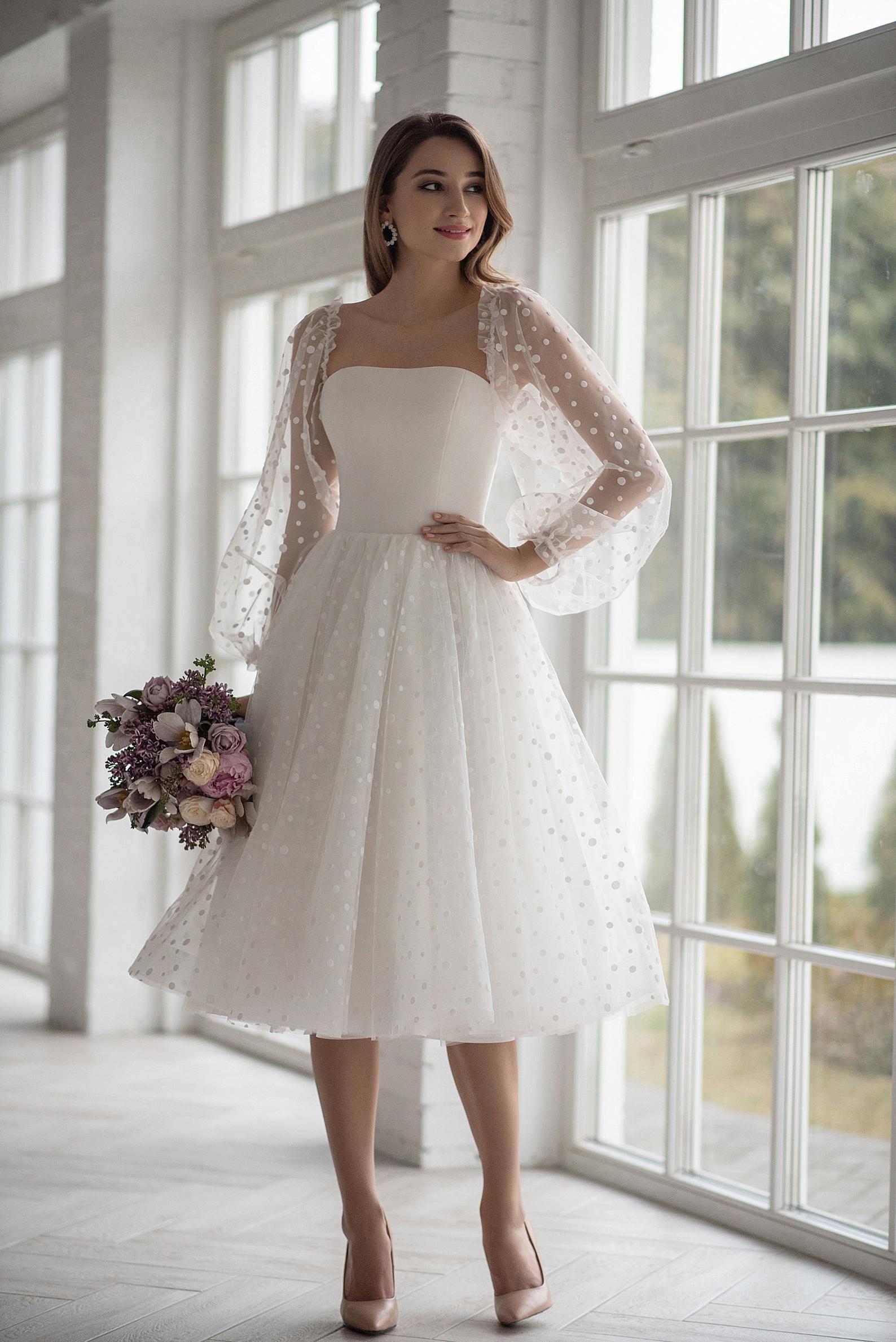 Boho Wedding Dress Tea Length Short Mini Tulle Peas Light Ivory Wedding Gown Off Sloulder Long Sleeve Elegant Beach Short Modern Simple Lace Vestido Casamento Civil Simples Vestido Para Noivas Casamento [ 2378 x 1588 Pixel ]