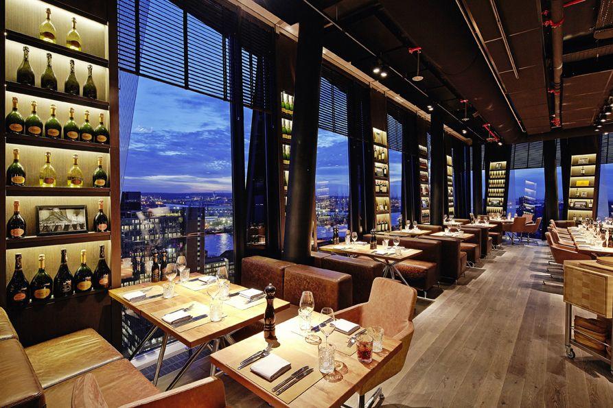 clouds hamburg hamburgs h chstes restaurant mit bar und rooftop terrace in den tanzenden. Black Bedroom Furniture Sets. Home Design Ideas