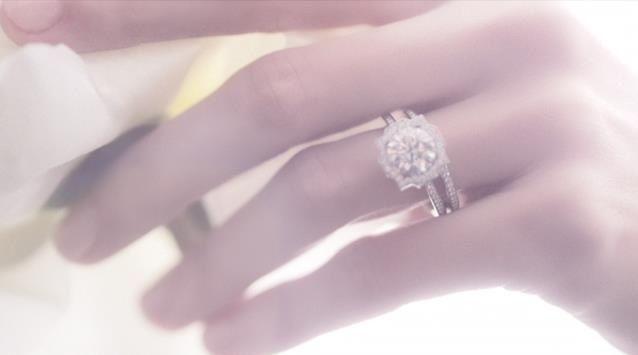 Beautiful Harry Winston Ring