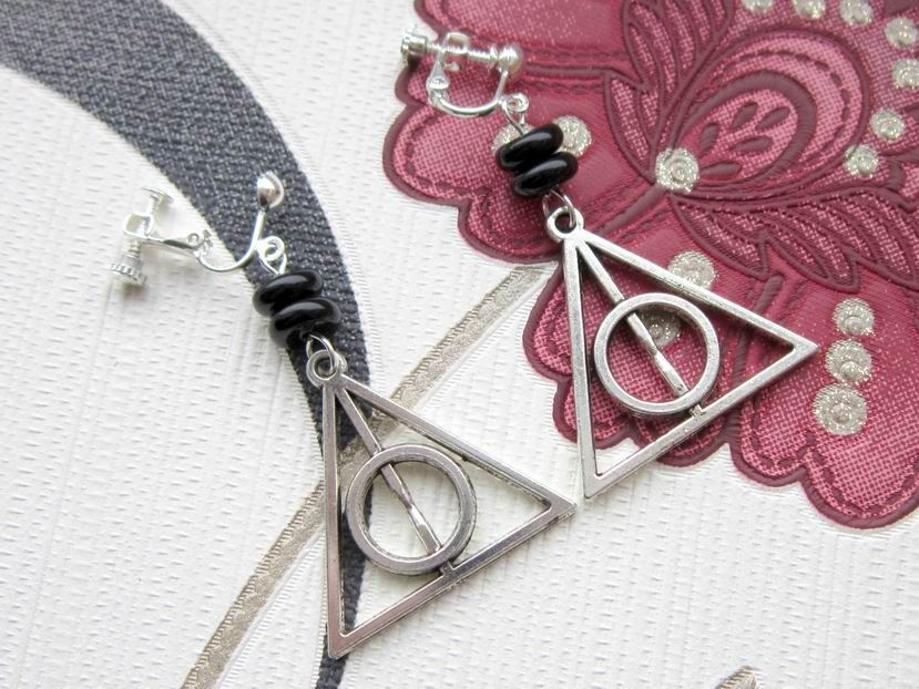 Harry Potter Deathly Hallows symbol clip on earrings - unpierced [SP] - £4.99 : dragonratjewellery.com