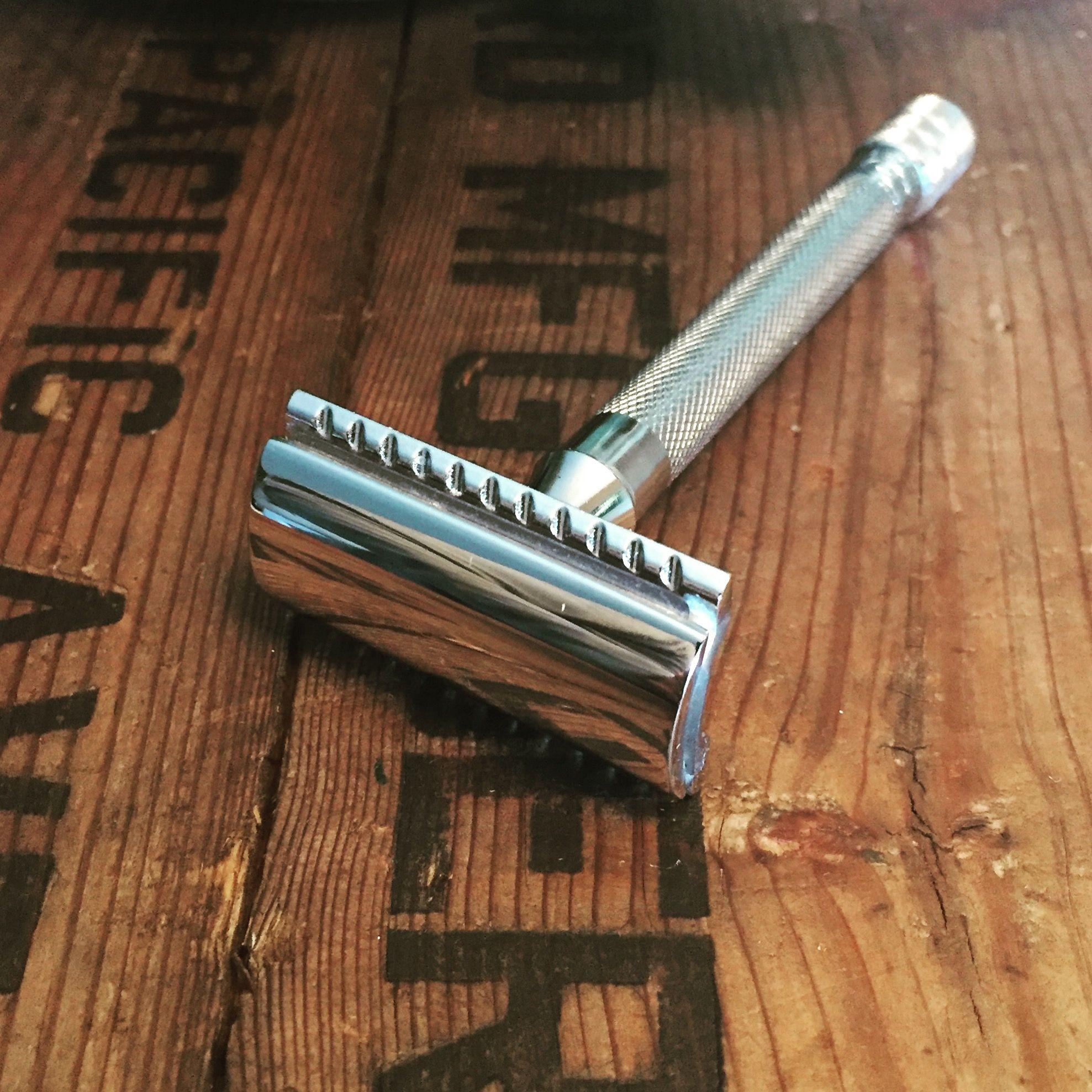 Merkur double edge safety razor extra long handle same