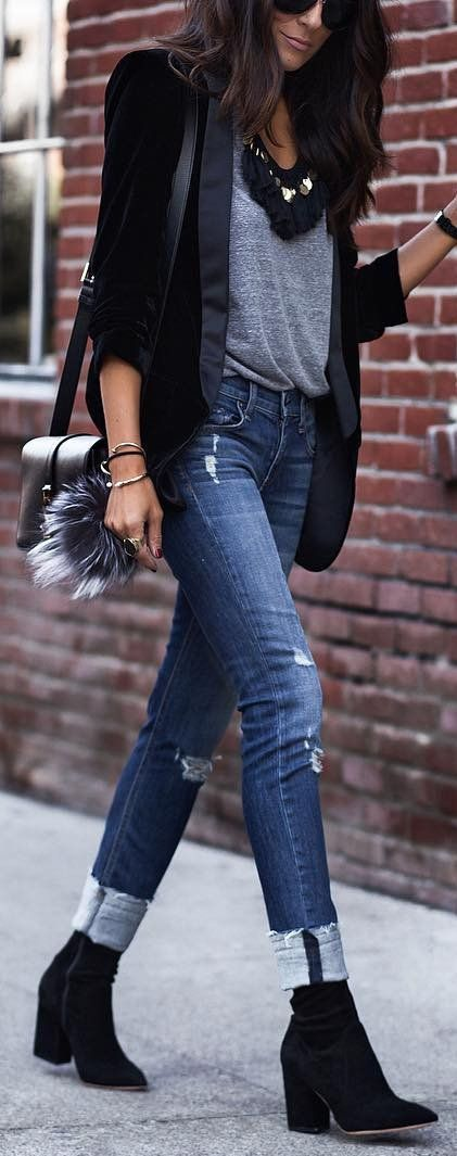 #winter #fashion /  Black Blazer / Grey Top / Ripped Skinny Jeans / Black Booties