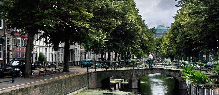 Gracht bij Smidswater en Nieuwe Uitleg   l Den Haag l The Hague l Dutch l The Netherlands