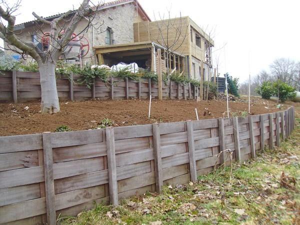 retenue des terres retenue de terre pinterest terre de terre et bois exotique. Black Bedroom Furniture Sets. Home Design Ideas