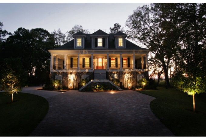 A very distinctive and elegant low country house  Love it