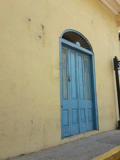 Door in Casco Antiguo, Panamá