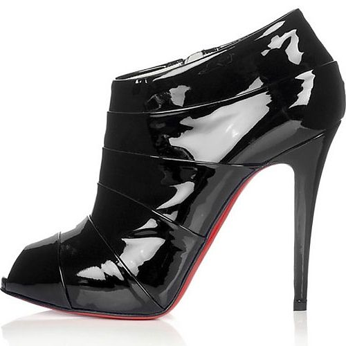 www.heelsboutique.org, BEST WEBSITE EVER!