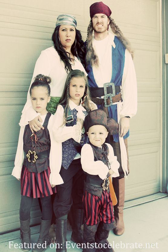 Pirates Group Halloween Costume  sc 1 st  Pinterest : group pirate costumes  - Germanpascual.Com