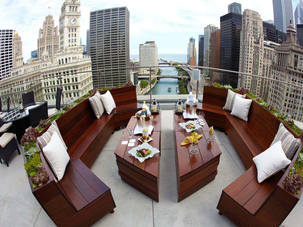 The Terrace At Trump International Hotel Amp Tower Chicago