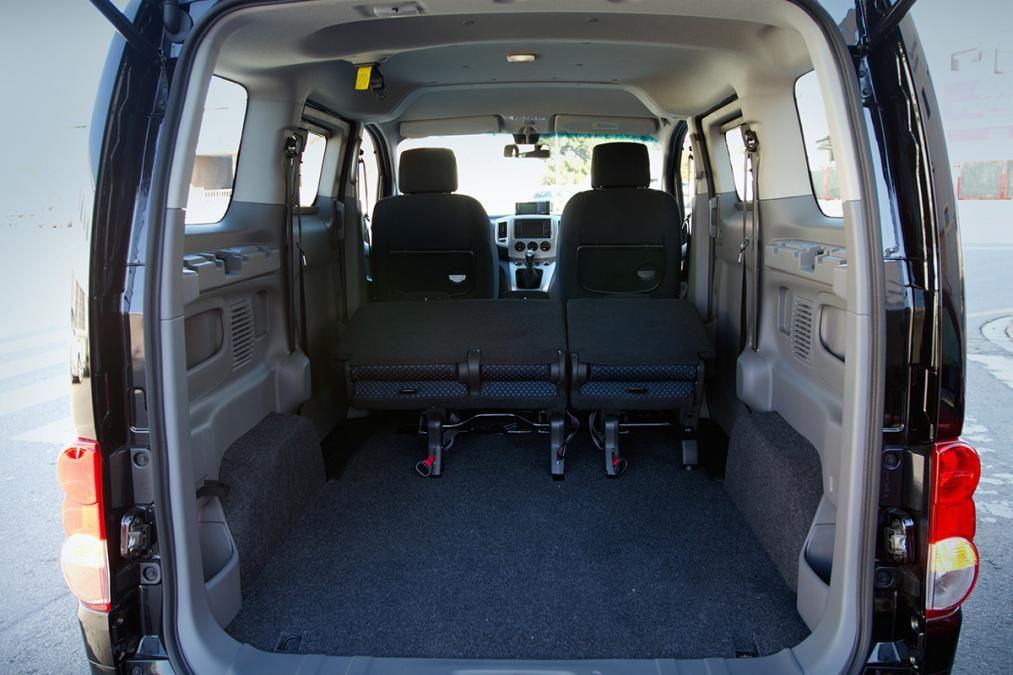nissan nv200 cargo bed nv 200 campervan pinterest. Black Bedroom Furniture Sets. Home Design Ideas