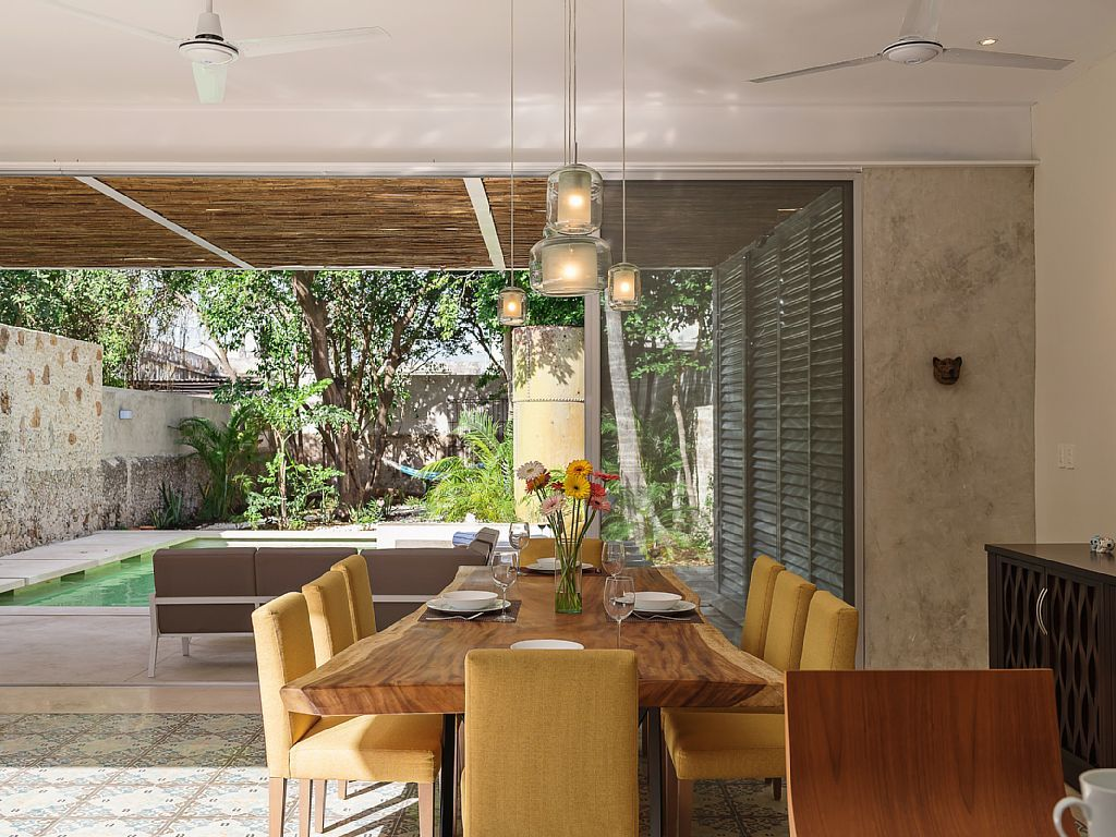 Friends that dine together, stay together. #Travel #Dining #Room #Vacation #Rental #Mexico