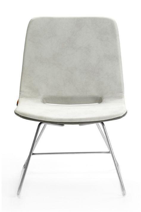 Chaise Basse Bicolore Pamp Par Mobitec Pietement Inox Aussi Disponible Avec Pietement Bois Ou Metallique