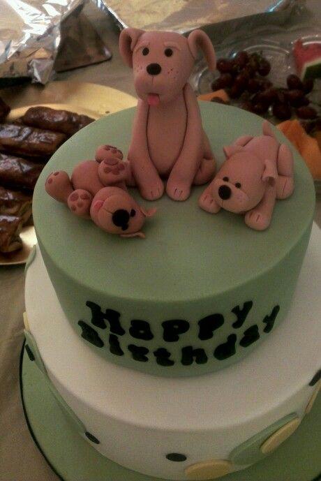 Dog fondant cake