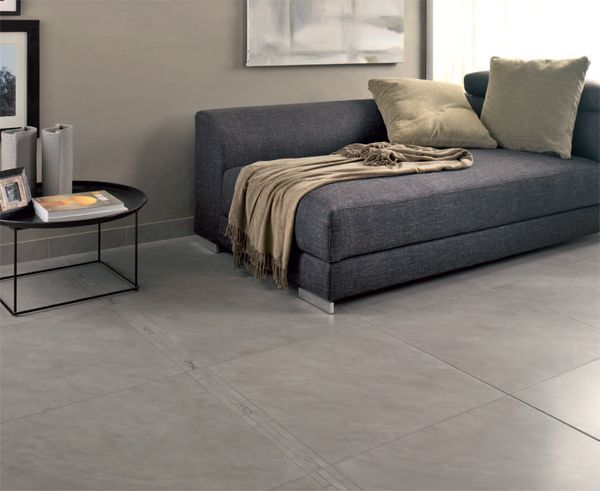 Salon avec carrelage gris mur gris beige alli un for Carrelage grand carreau