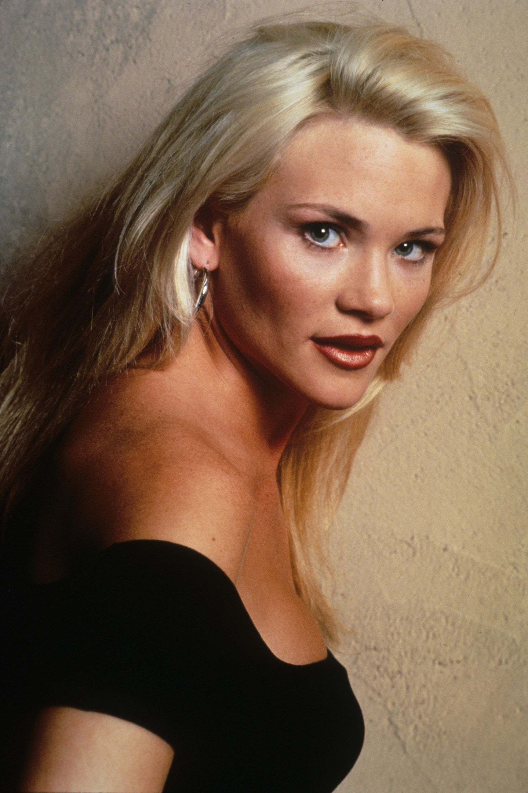 "Amy Locane Melrose Place Pictures melrose place"" actress amy locane (who?) ordered back to"