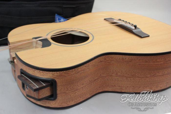 Furch Little Jane Lj 10 Folded Travel Guitar Guitar Unique Guitars Acoustic Guitar