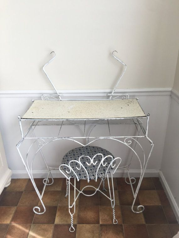 Astonishing Vintage White Wrought Iron Vanity Set With Chair By Dailytribune Chair Design For Home Dailytribuneorg