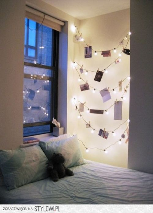 Amazing 12 Ideas For Year Round Christmas Lights Decoration In The Bedroom   Wave  Avenue