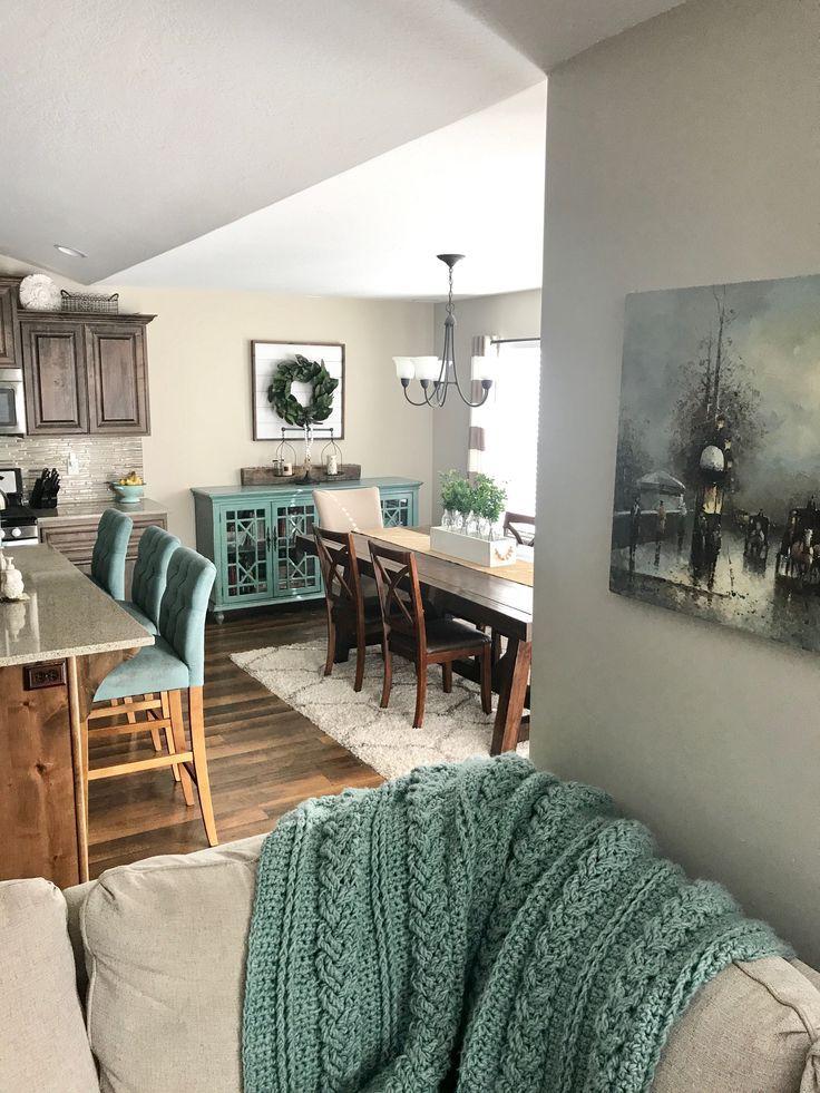 Kitchen decor. Dinning room decor. Turquoise decor