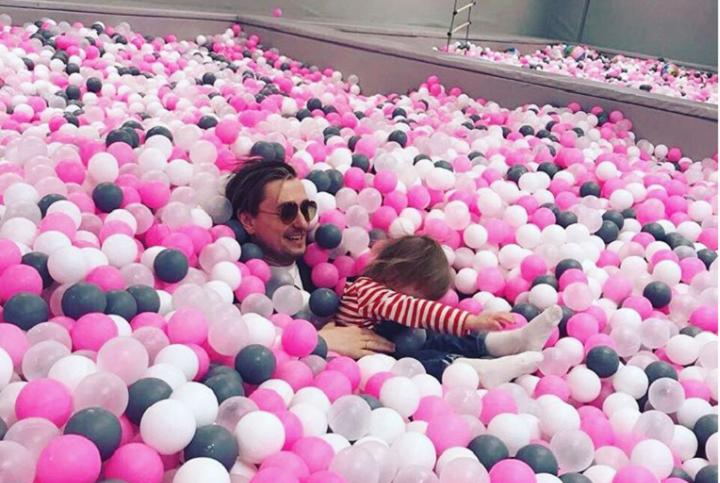 Счастливый Безруков с дочкой покорил подписчиков Инстаграм ...