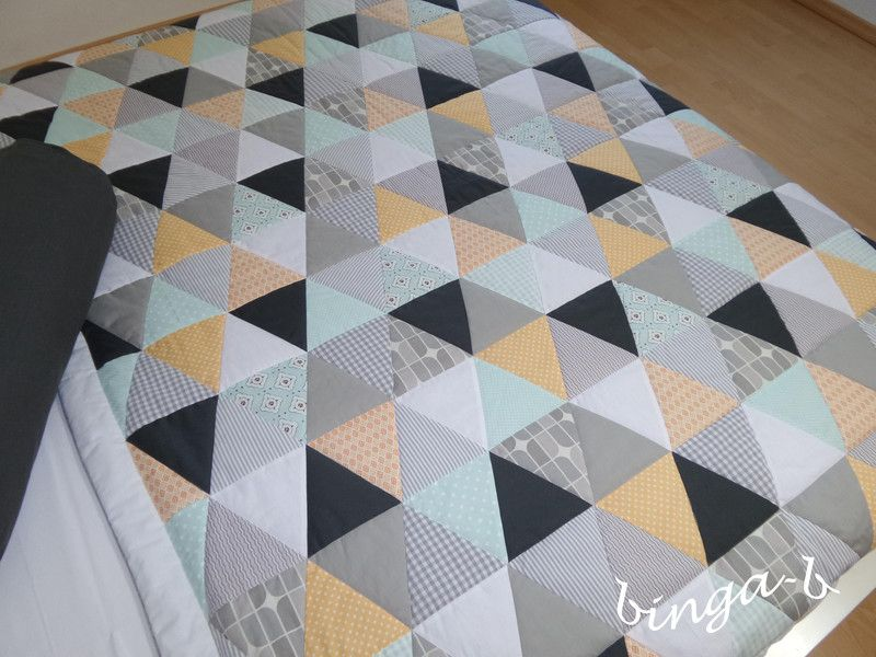 kuscheldecke patchworkdecke plaid dreieck von binga b auf patchwork quilten. Black Bedroom Furniture Sets. Home Design Ideas