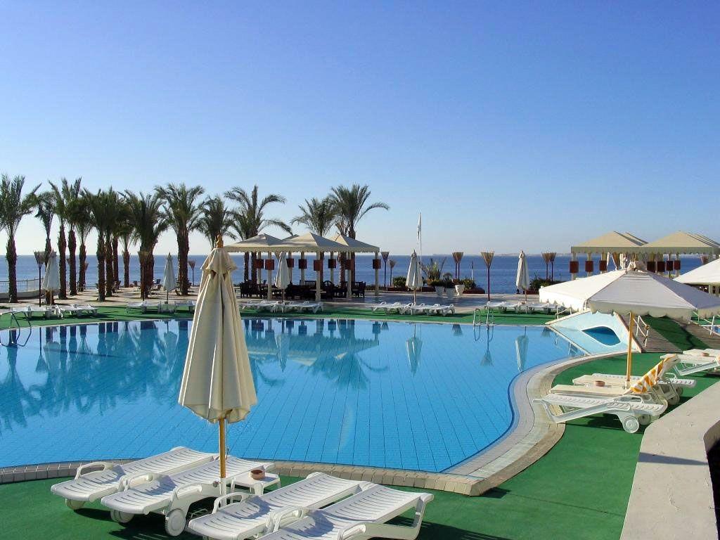 Risultato della ricerca immagini di Google per http://www.rusavia.net/sites/default/files/hotel_foto/hotel-reef-oasis-beach-resort-10.jpg
