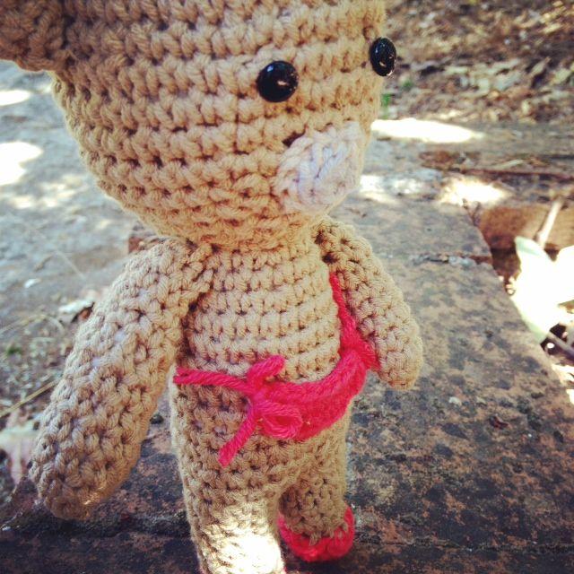 www.instagram.com/mimulu  #Mimulu Bebé oso de paseo por la naturaleza