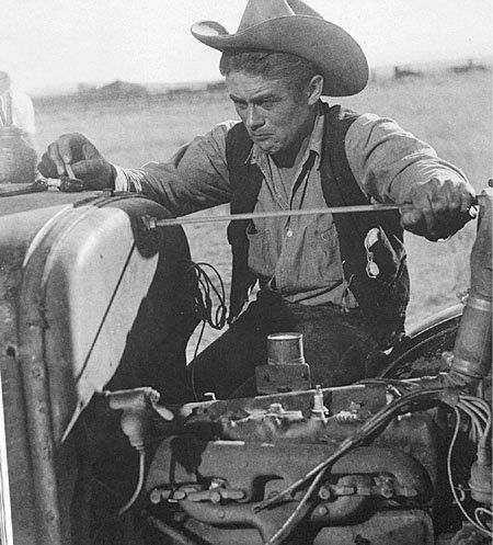 visir444:  James Dean on the set of Giant