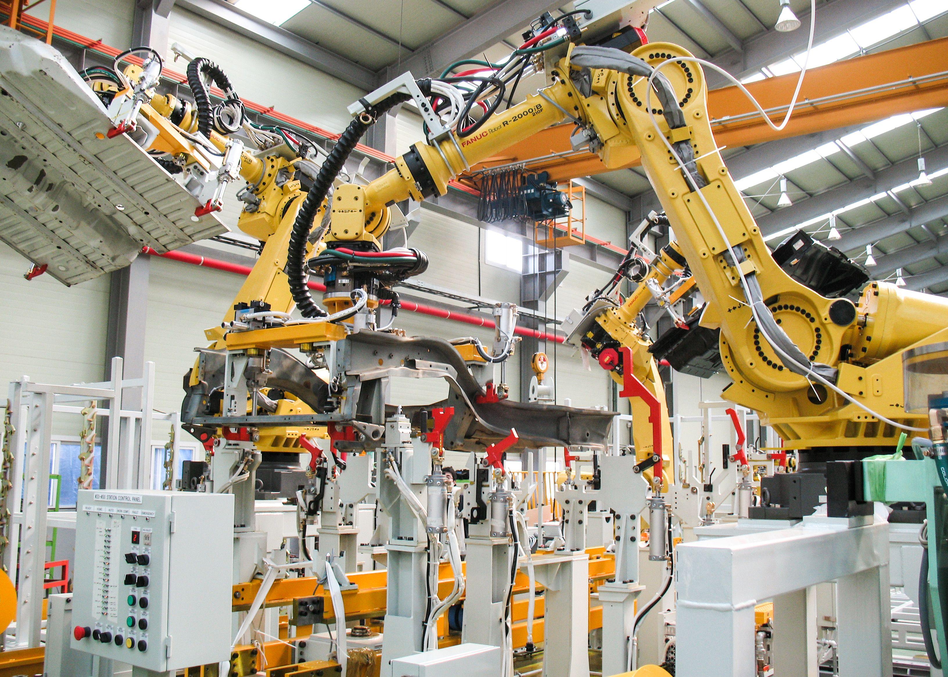 A FANUC R2000iB Industrial Robot [3264 2332] | Hard Surface