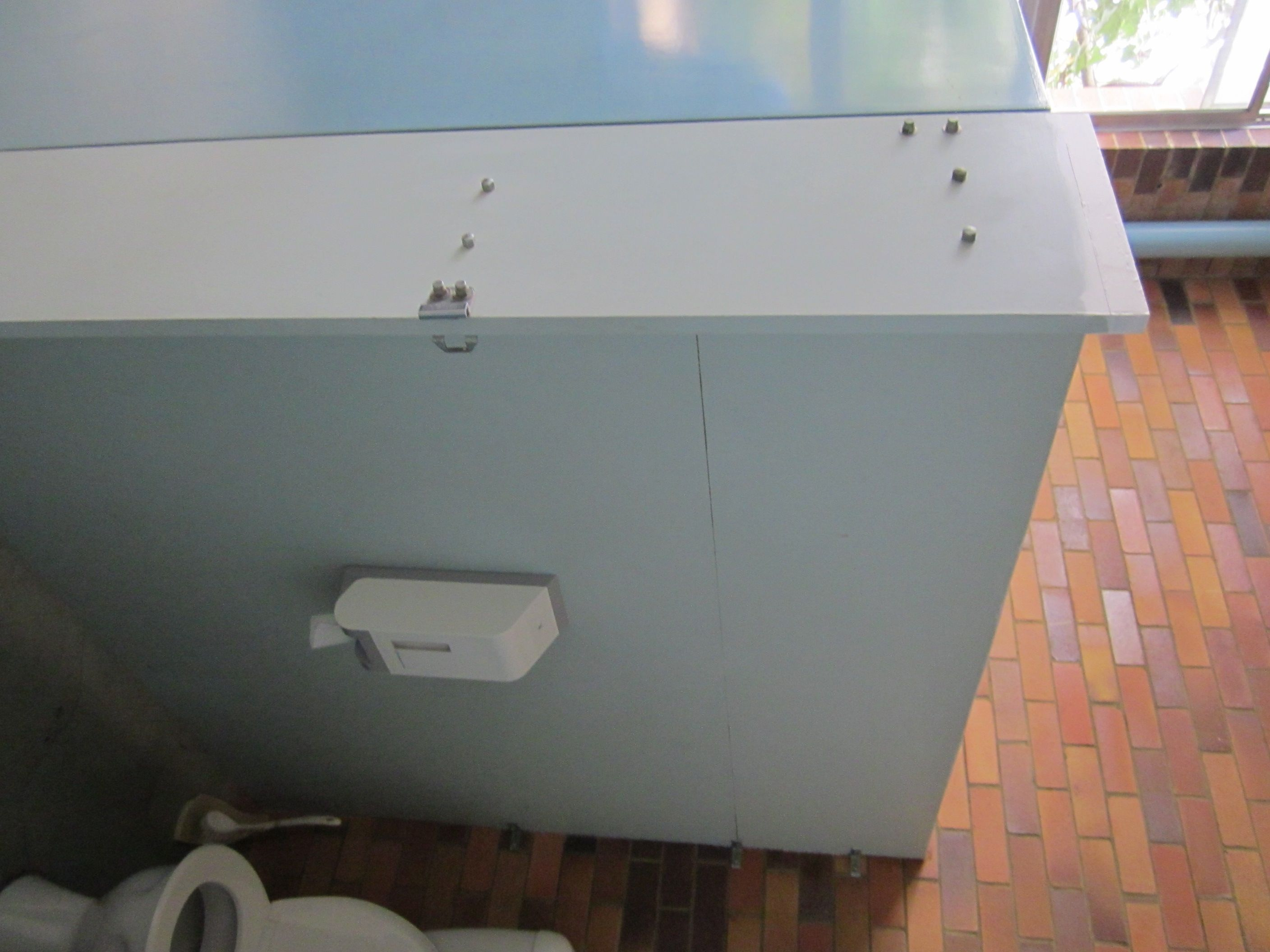 Compressed Asbestos Cement Cubicle Wall Very Common In Public Buildings And Hotels And Schools Cubicle Walls Toilet Cubicle Cubicle