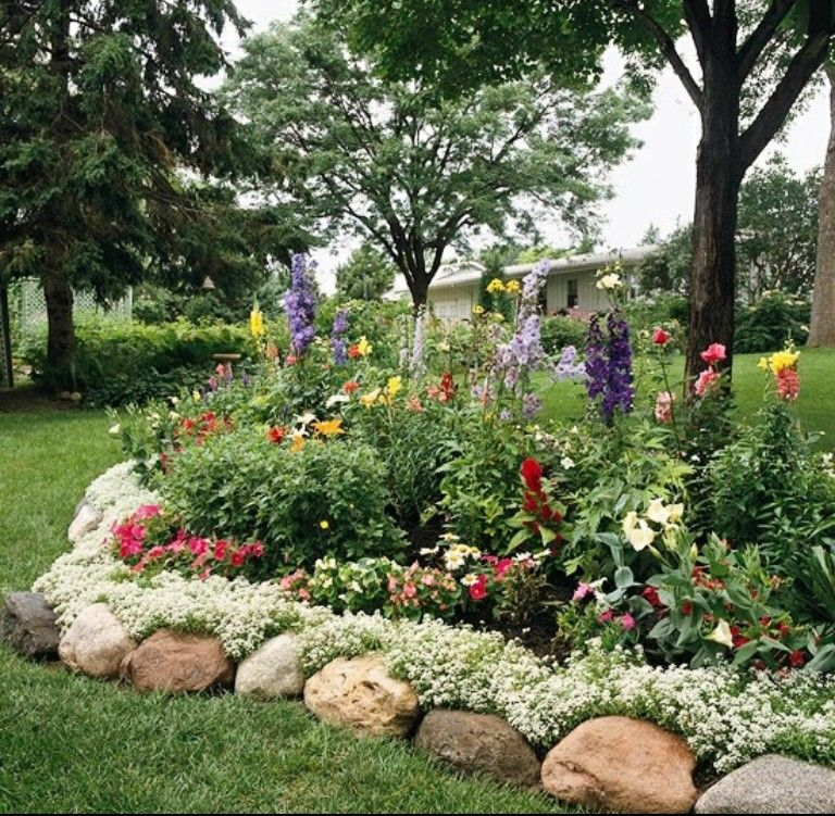 Lovely Rock Garden Edging, The Round Boulders Allow Sweet Alyssum To Creep Over  And Between The Rocks, Creating A Lacy, Scalloped Look In This Landscaped  Flower ...