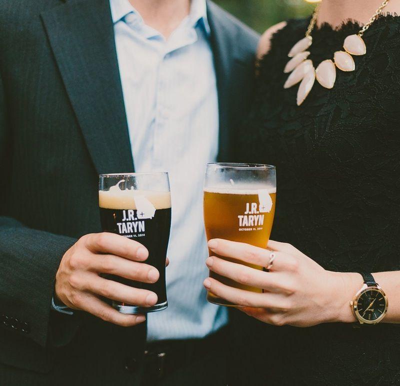 Photo of 9 Hochzeitsbevorzugungen, die Ihre Gäste tatsächlich ergreifen möchten