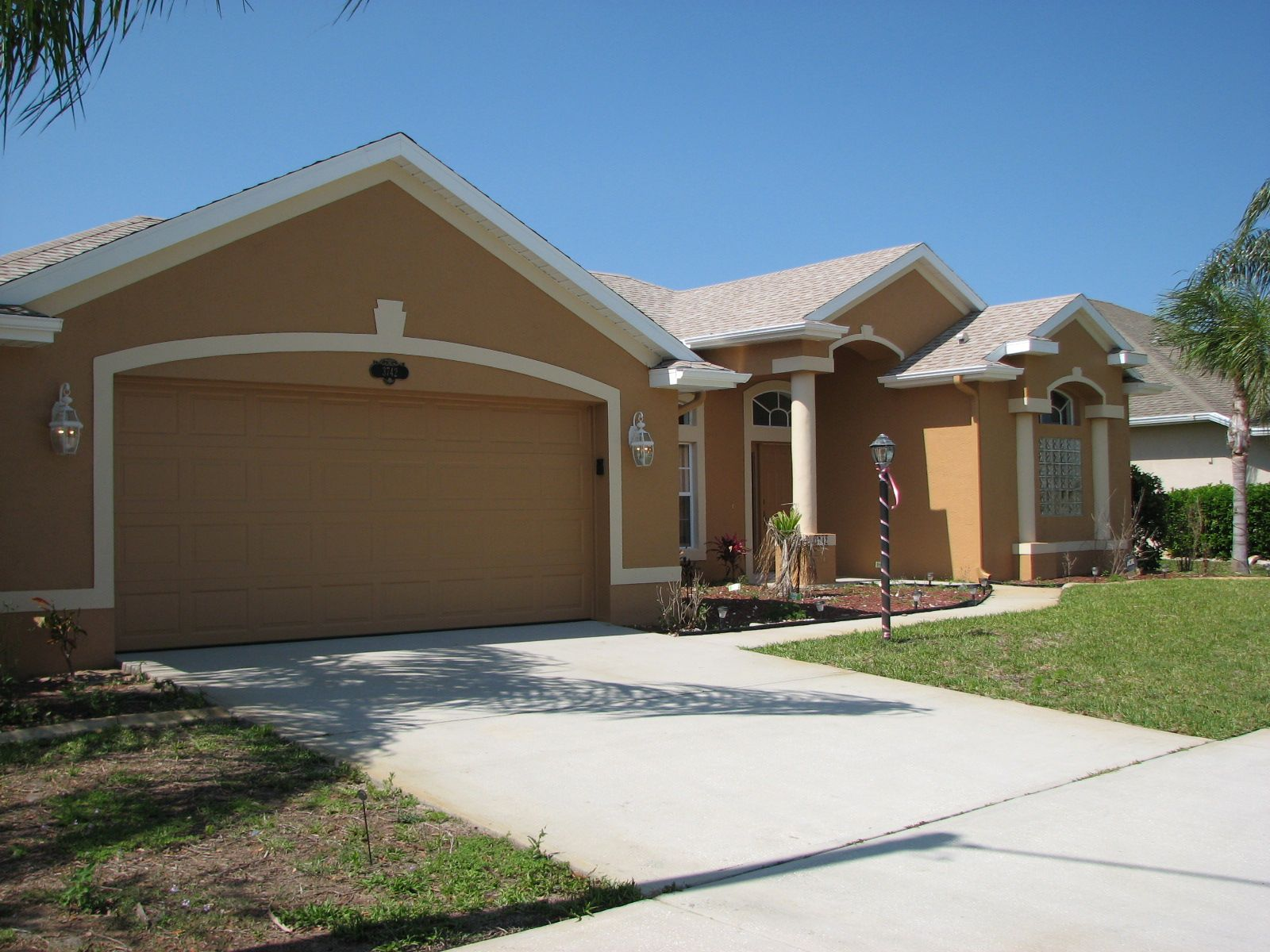 New Colors For Stucco Homes Exterior Painting Melbourne Florida S Dingy Sofs And